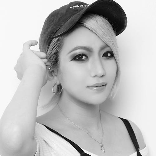 萩尾-友香